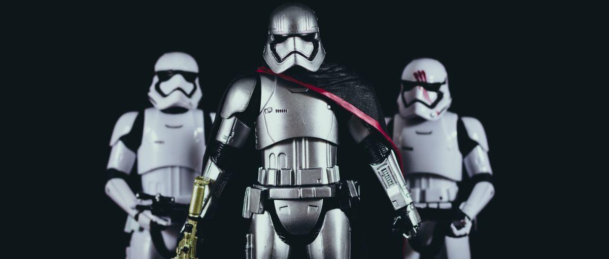 Za Star Wars bojujú aj Nissan, Duracell a Gillette. Pomôžu prežiť legende?